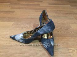 Туфли Dolce- Gabbana.