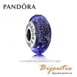 Шарм PANDORA синее мурано 791646