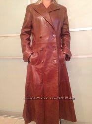 Шикарное итальянское кожаное пальто Vespucci