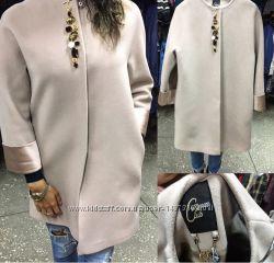 Модное пальто с камнями