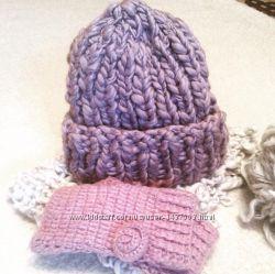 Стильная вязаная шапочка ручной работы