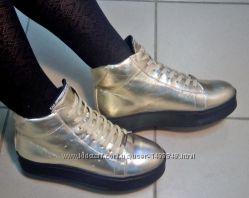 Зимние женские ботинки из натуральной кожи, цвет золото