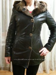 Шикарная куртка -дубленка