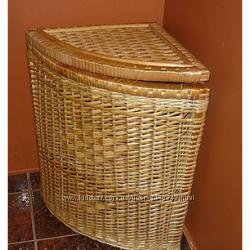 Угловая корзина для белья плетеная из лозы