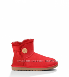 UGG Mini Bailey Button Red
