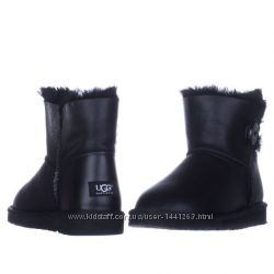 Женские угги UGG Bailey Button Leather