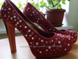 Шикарные туфли EVEN&ODD 39 размер