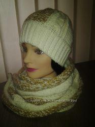 вязаная шапочка с шарфиком