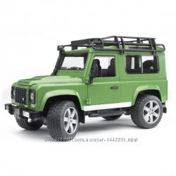 Bruder Джип Land Rover Defender 2590