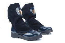 Кожаные женские сапоги цвет лак синий