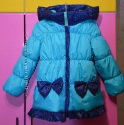 Теплая демисезонная курточка пальто для девочки на весну осень  р 110-116