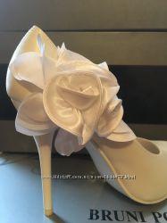 Свадебные туфли 35 и 36 размер
