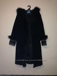 Элегантное пальто с вышивкой зимнее