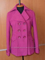 Пальто яркое 12 размер