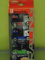 Набор из 3 иннерционных грузовиков с моторчиком Racing