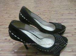 Туфли женские елегантные