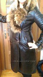 Женское кожаное зимнее пальто с натуральным мехом