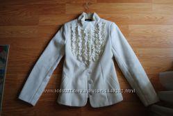 Стильное осеннее женское пальто