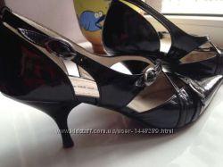 Женские туфли Fellini