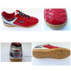 Спортивная обувь футзалки производства Dugana