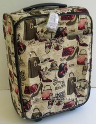 Очень красивые чемоданы. Много вариантов