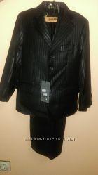 Новый школьный костюм-тройка, Rado. Супер качество.