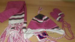 Новый теплый комплект для девочки- шапка, длинный шарф, варежки.