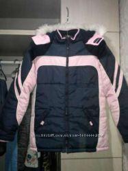 . Фирменная горнолыжная куртка