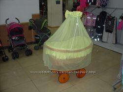 Люлька плетеная Piccolino на больших колесах