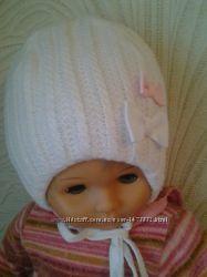 На выбор шапочка на девочку