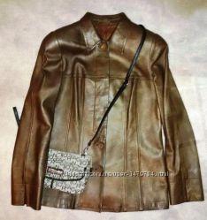 Стильный кожаный пиджак куртка, приталенного силуэта, р. 12