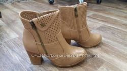 Абсолютно новые женские классные ботинки
