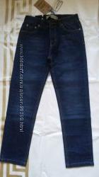 Демисезонные джинсы мальчику