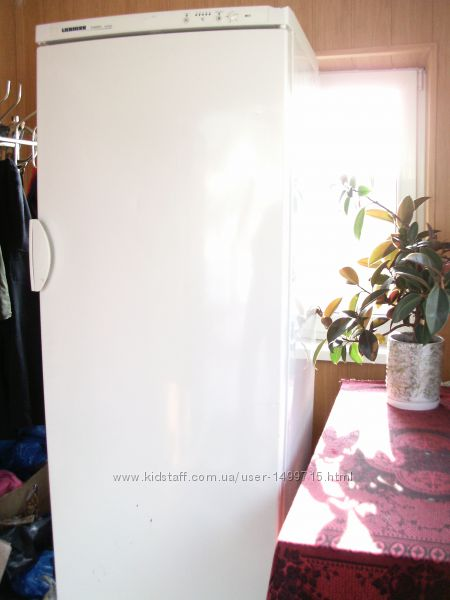 Морозильная камера Liebherr, No Frost обьем 300 л