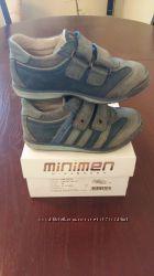 Кроссовки  для мальчика кожаные Minimen Турция размер 26, стелька 16