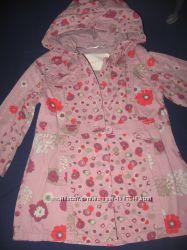 Модный с красивым принтом плащ на девочку 34лет р-98104