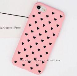 Пластиковый розовый чехол с сердцами на iphone 6 6s 7 7plus