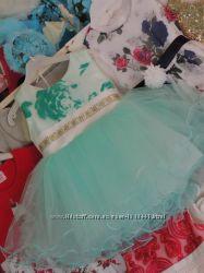 В наличии очень красивое новое пышное бальное платье для девочки. Распродаж