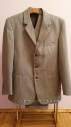 Костюм мужской светло-серый тройка, пиджак
