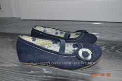 Взуття для дівчинки 25р