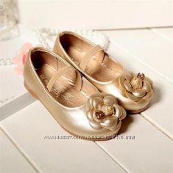 Туфли для прицеcсы в наличии 29 размер