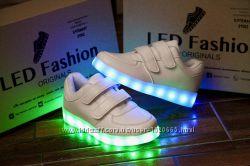 7ca033392850a1 Детские светящиеся LED кроссовки от 25го до 35го размера. В наличии.