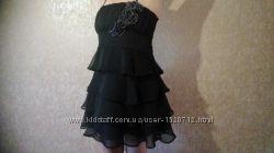 Красивое черное платье Lipsy для любого торжества