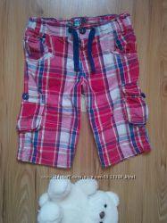 Яркие шорты-бриджи от бренда ТU