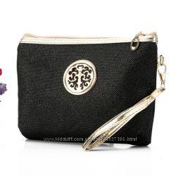 Косметичка нарядная с медальоном Women Casual Bag Shimmer разные цвета