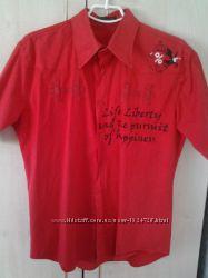 Стильна приталена сорочка