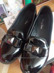 Туфли лаковые кожзам Buddy Dog р. 34