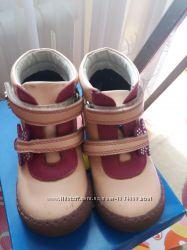Обувь для девочки р. 25, 26, 29, 30 босоножки, туфли, ботинки, кроссовки
