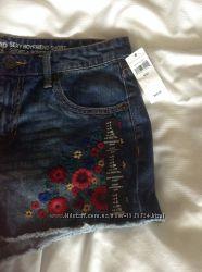 Gap женские шорты с вышивкой