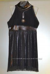 Вечернее платье с открытыми плечами